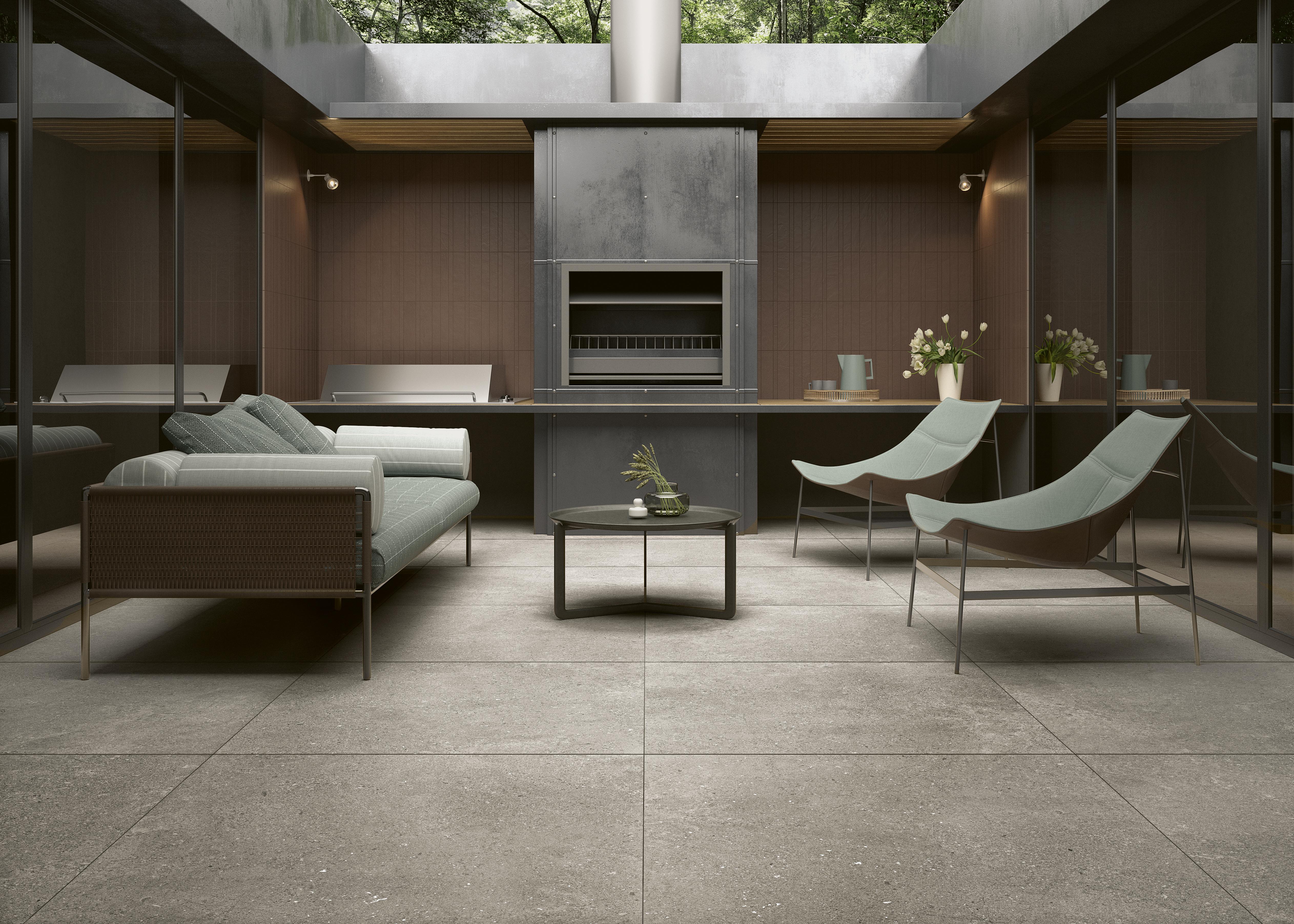 beige Steinoptik Fliesen auf der Terrasse, beige stone effect tiles in the patio